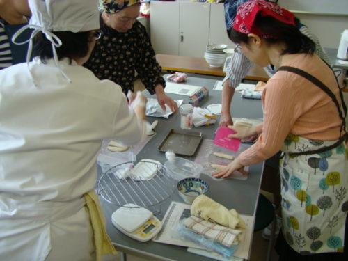 写真:おうちパン講座風景1