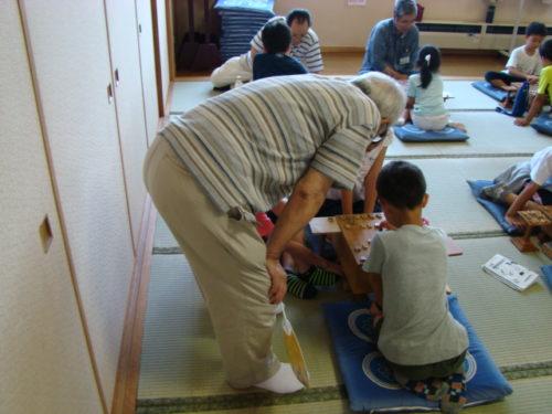 写真:夏の子ども将棋教室風景2
