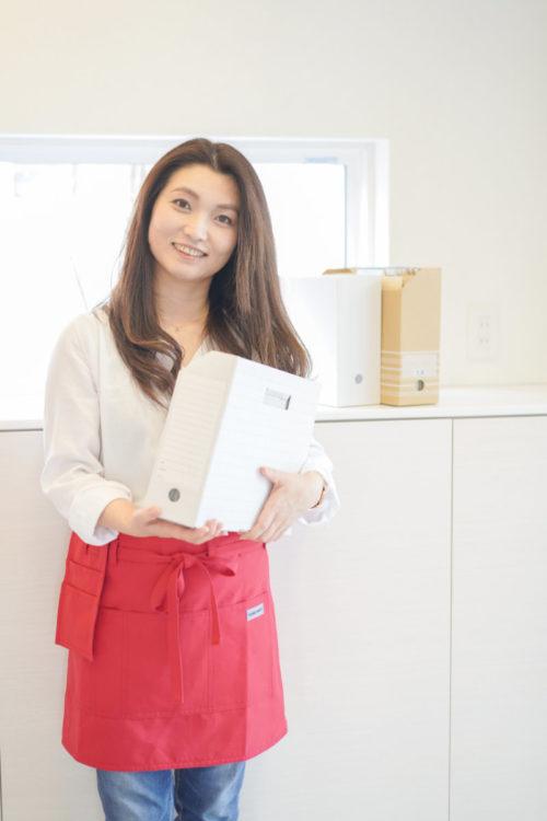 写真:紙の片付け講師の顔写真