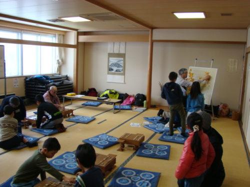写真:子ども将棋教室風景