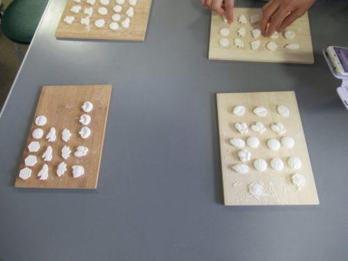 写真:干菓子作り風景3