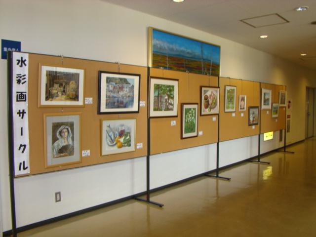 写真:文化祭展示水彩画