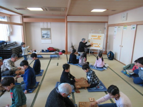 写真:子ども将棋教室風景3